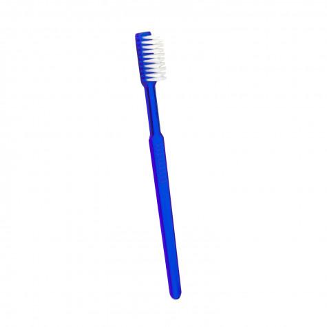 Зубная щетка Revyline с нанесенной зубной пастой
